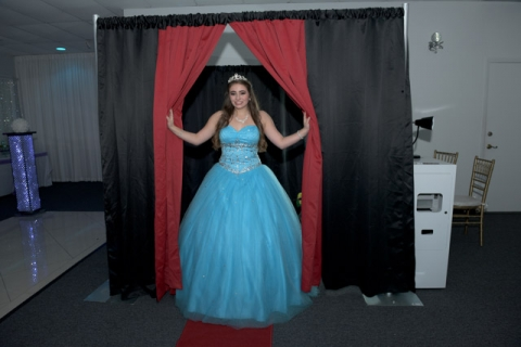 photo-booth-for-rent