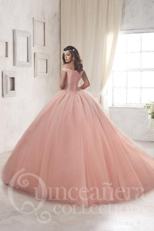 244d6c0e7f4 wedding-photographer-and-quinceanera-photographers the-quinceanera-palace-at-florida-mall   - Page 19 of 21 - Photo Video Events -